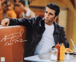 "Henry Winkler ""The Fonz"" Happy Days Autographed 11x14 Photo Sitting In Arnold's Diner"